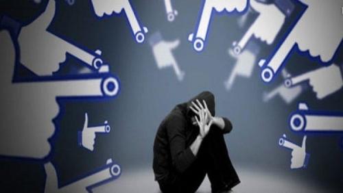 تحذير بريطاني صادم : شبكات التواصل تُحول الأطفال لمجرمين