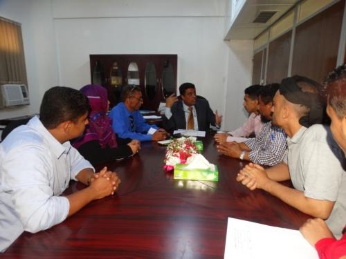 اجتماع يناقش إقامة مهرجان المسرح اليمني بعدن