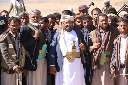 صحيفة:  الفساد والأموال المنهوبة تزيد حدة الخلافات بين محمد علي الحوثي وصالح الصماد