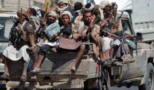 تفاصيل الانقلاب المفاجئ على جماعة الحوثي واقتحام أول مبنى حكومي في العاصمة صنعاء