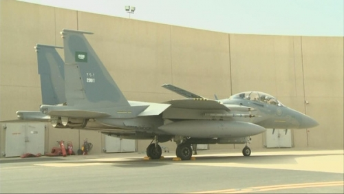 الحديدة : التحالف يقصف تعزيزات المليشيات القادمة من صعدة و يدمر مخازن سلاح بمدينة الصالح