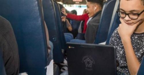 جوجل تزود أتوبيسات المدارس بالمناطق النائية بواى فاى وأجهزة كمبيوتر