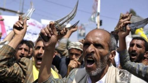 منظمة دولية : بإطلاق الصواريخ الحوثي انتهك قوانين الحرب