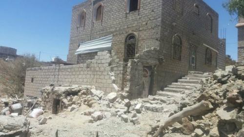 بالصور.. الحوثي ينتقم من المدنيين في البيضاء بعد هزائمه