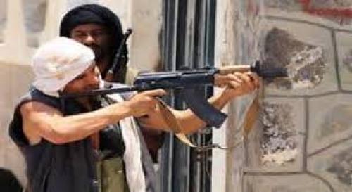 عاجل : قتلى في اشتباكات مسلحة وسط العاصمة اليمنية صنعاء