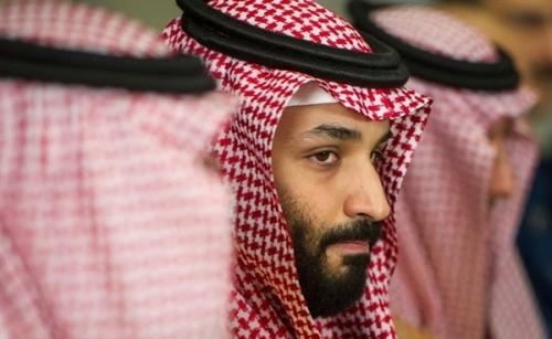 وكالة: ولي العهد السعودي يعود بسلاح استراتيجي أمريكي قد يحسم الصراع في اليمن