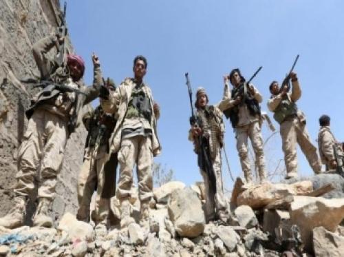 صحيفة امريكية تكشف عن معركة كسر العظم للحوثيين في معقلهم الرئيسي.. وماذا فعلت كتائب الحسين؟ (تفاصيل)