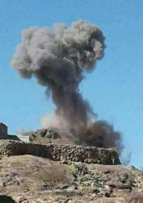 طيران التحالف العربي يستهدف أفرادا وآليات حوثية بجبهة قانية بمحافظة البيضاء