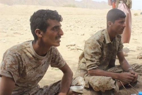 الجيش اليمني يأسر 13 حوثياً.. والتحالف يُغير على مواقعهم في البيضاء