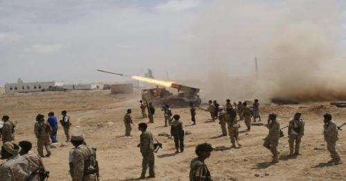 الجيش اليمني يدمر عدة مواقع لتجمعات الحوثيين في مأرب
