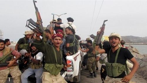 المقاومة الجنوبية تدك معقل الحوثي في مران بالمدفعية