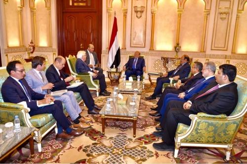 المبعوث الأممي إلى اليمن يصل الرياض ويلتقي بالرئيس هادي