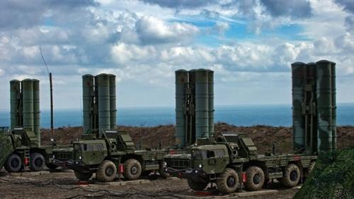 خبير عسكري: روسيا تستطيع إسقاط الصواريخ الأمريكية في سوريا