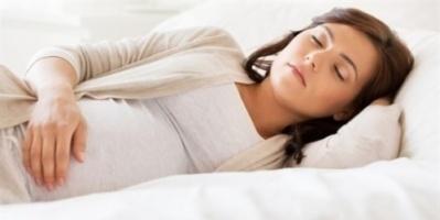 ما أسباب آلام وتقلصات البطن المبكرة وقت الحمل؟