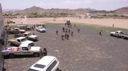 ابين : اشتباكات مسلحة بين قوات الحزام الأمني و عناصر من تنظيم القاعدة بمديرية الوضيع