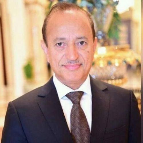 محافظ تعز يؤكد ان التظاهرات ضد قوات طارق صالح تخدم مليشيا الحوثي
