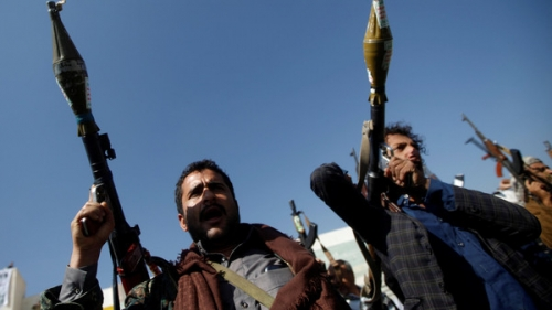 """صفقة .. ميليشيا الحوثي تفرج عن معتقلي """" القاعدة """" في الأمن السياسي بالبيضاء"""