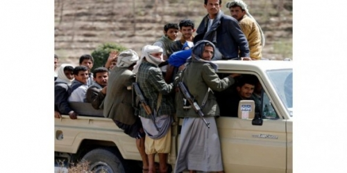 """الحوثيون يفرجون عن سجناء من """"القاعدة"""".. ومخاوف من استهداف محافظة البيضاء"""