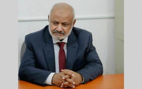 محافظ الحديدة: عازمون على تحرير كامل التراب اليمني ودحر المخطط الإيراني