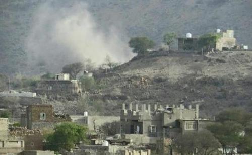 """مليشيات الحوثي تقصف منطقة """" حجلان """" في مريس بالأسلحة الثقيلة"""
