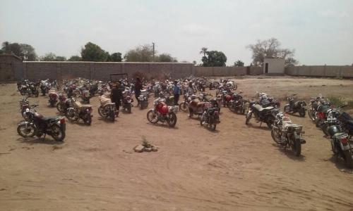 تواصل الحملة الأمنية لضبط الدراجات النارية المخالفة وغير المرقمه في لحج