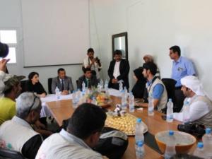 محافظ سقطري يبحث مع الوفد الإماراتي رؤية متكاملة حول البيئة