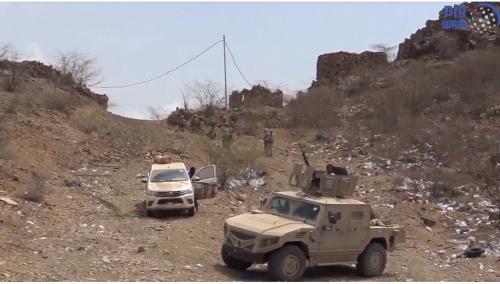 بإسناد إماراتي .. المقاومة تسيطر على تباب ومواقع عسكرية للحوثيين بمفرق المخا والبرح ( فيديو )