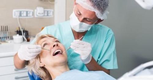 فقدان الأسنان في منتصف العمر يرفع خطر الإصابة بأمراض القلب