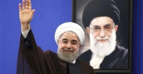 روحاني يحمل الحرس الثوري مسئولية انهيار العملة الإيرانية