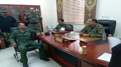 شاهد بالصورة .. نائب وزير الداخلية يزور إدارة أمن عدن لأول مرة