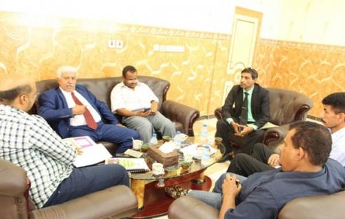 وزير الصحة يدشن العمل في الأرشيف الإلكتروني لصحة ساحل حضرموت
