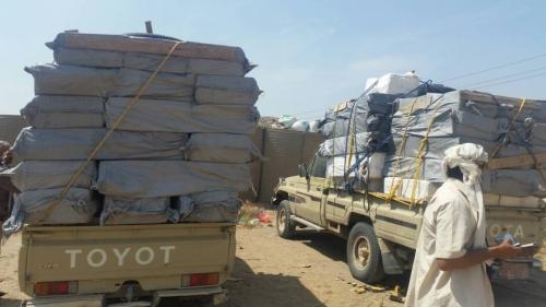 الحزام الأمني في لحج يضبط عددا من سيارات التهريب كانت في طريقها الى عدن