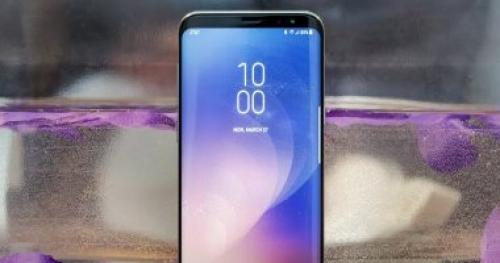 سامسونج تستعد للكشف عن هاتف جديد بشاشة أكبر من أيفون X
