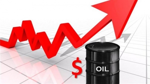 تراجع أسعار النفط بفعل تأثر السوق بزيادة مخزونات الوقود والإنتاج في الولايات المتحدة