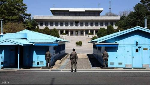 """الكوريتان.. موعد في """"المدينة الزرقاء"""""""