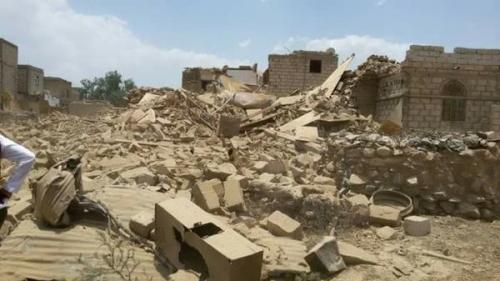 ميليشيا الحوثي  تقصف منازل المواطنين في ردمان والزاهر والقريشية بالبيضاء