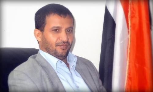 قيادي حوثي يغازل حزب الإصلاح ويدعوه للتحالف معهم