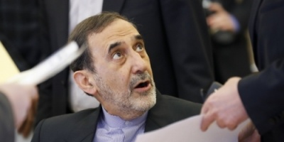 تصريحات ولايتي تسرع من تقليص نفوذ إيران