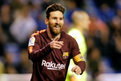 هاتريك ميسي يقود برشلونة للتويج بلقب الدوري الإسباني وهبوط ديبورتيفو