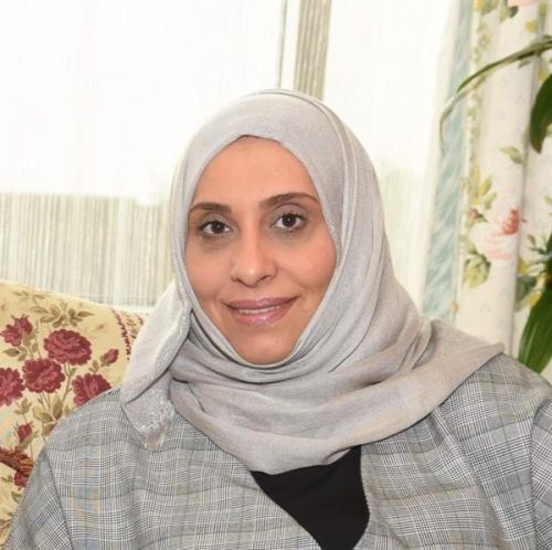 الوزيرة الكمال: 27 مليار دولار جملة خسائر انقلاب الحوثيين