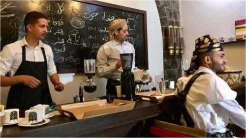 مسلحو الحوثي ينفذون حملة مداهمات واقتحامات جديدة على المقاهي والكافيهات في صنعاء