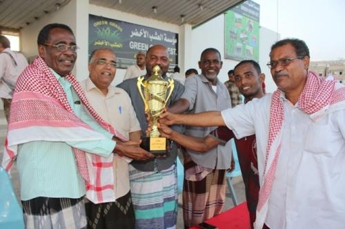 المكلا: منتخب حي النصر يكسب الشافعي برباعية ويحرز كأس اليوم العالمي للعمال