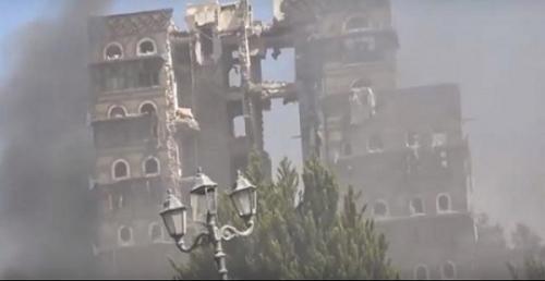 عاجل | غارات عنيفة تستهدف القصر الجمهوري وسط صنعاء وانتشار كثيف لميليشيات الحوثي عقب القصف
