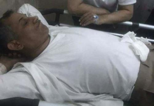 اصابة وزير المالية في حكومة الحوثيين بقصف دار الرئاسة بصنعاء ( صورة )