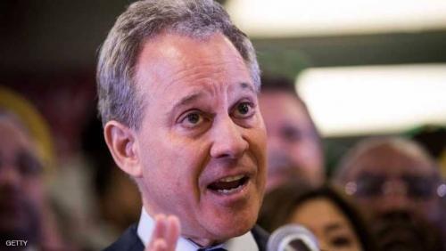 """""""فضيحة مدوية"""" تدفع المدعي العام لنيويورك للاستقالة"""