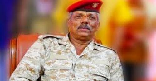 محافظ لحج يشيد بالدعم الإنساني للهلال الأحمر الإماراتي في المحافظة