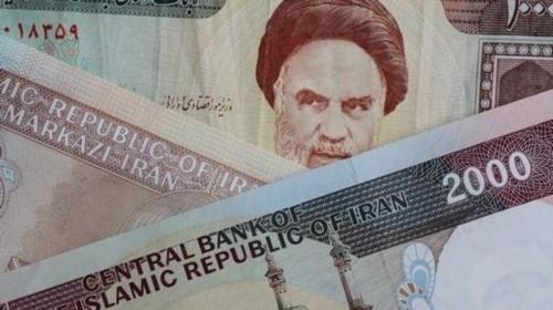 انهيار تاريخي للعملة الإيرانية.. والدولار بـ80 ألف ريال