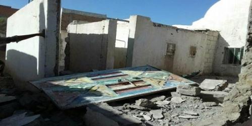 جرحى مدنيين بينهم اطفال جراء قصف مليشيات الحوثي  علی الأحياء السكنية في مدينة حيس