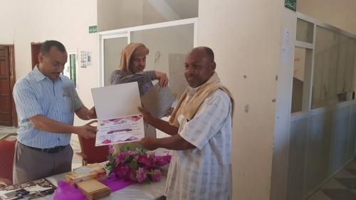 مكتب أشغال ساحل حضرموت يقيم حفلا تكريميا للموظفين المبرزين