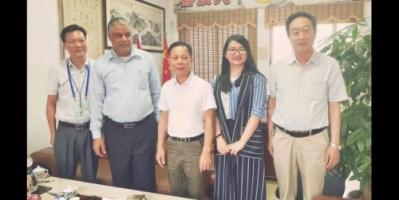 صالح المحبشي في لقاء عملي مع نظيره الصيني جان لي خوي Zhang Li Hui